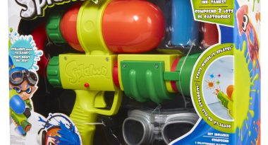 Real-Life Splatoon Guns Coming to GameStop