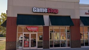 GameStop Will Close Stores for Thanksgiving, Also Planning Early Pre-Black Friday Sales